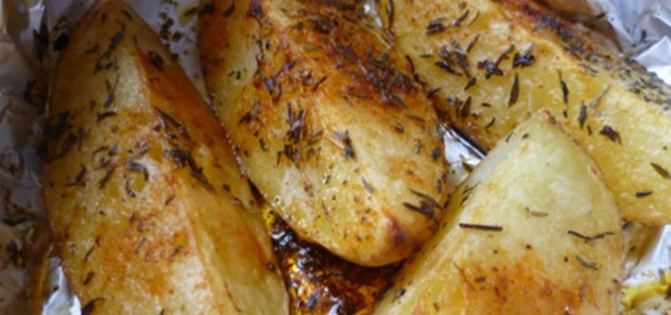 Ziemniaki z masłem i ziołami zapiekane w folii (autor: krystyna32 ...