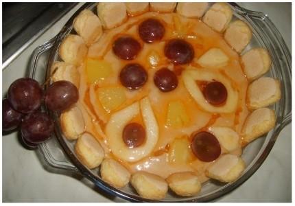 Ciasto gruszkowo-bananowe bez pieczenia