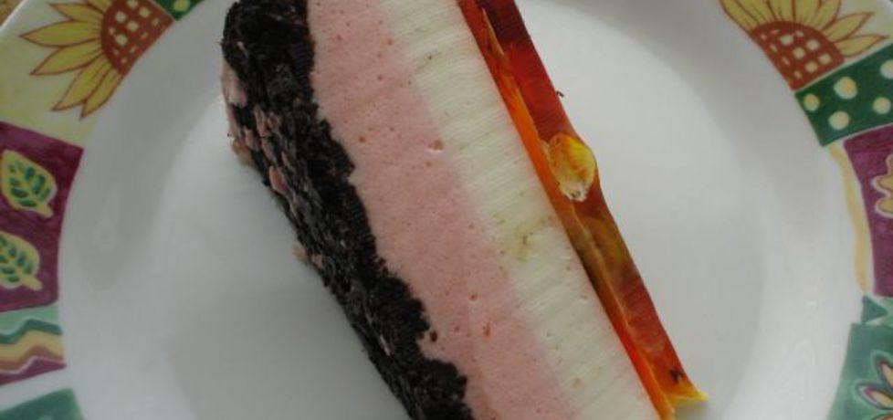Torcik na zimno z ciastkami oreo (autor: stokrotka)