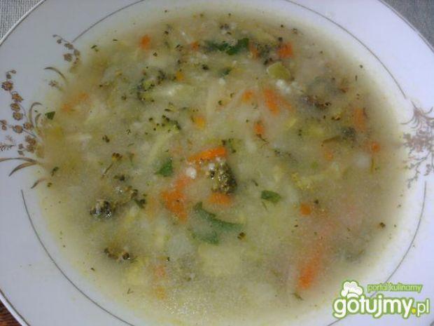 Przepis  zupa jarzynowa z kaszą jęczmienną przepis