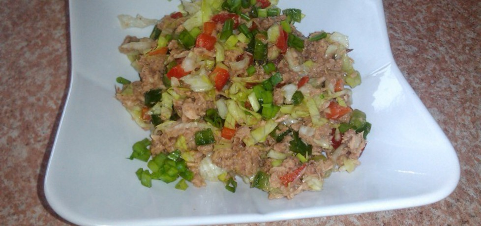 Sałatka z tuńczykiem i warzywami (autor: konczi)