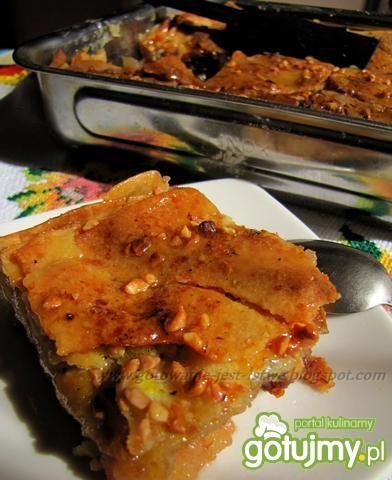 Przepis  ciasto a'la filo z jabłkami i miodem przepis