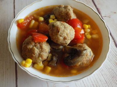 Zupa a'la strogonow z pulpecikami