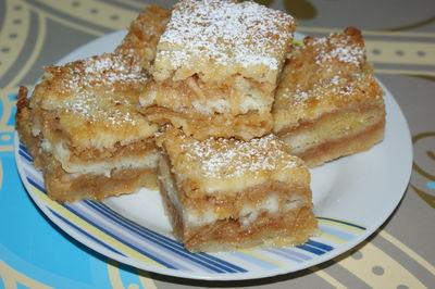 Sypane ciasto z jabłkami
