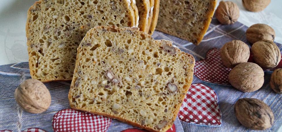 Chleb z dynią i orzechami (autor: alexm)