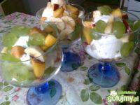 Przepis  lody z sałatką owocową przepis
