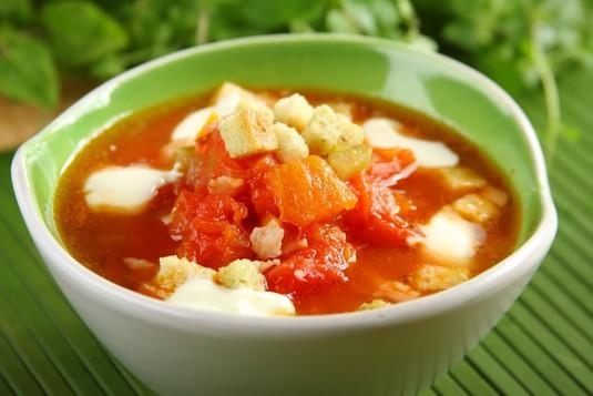 Zupa pomidorowa z boczkiem