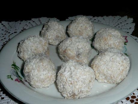 Przepis  rafaello słodkie kuleczki z kaszy manny przepis