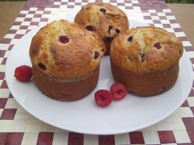 Przepis  muffinki z malinami przepis