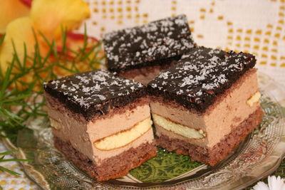 Ciasto biszkoptowe z likierem kawowym