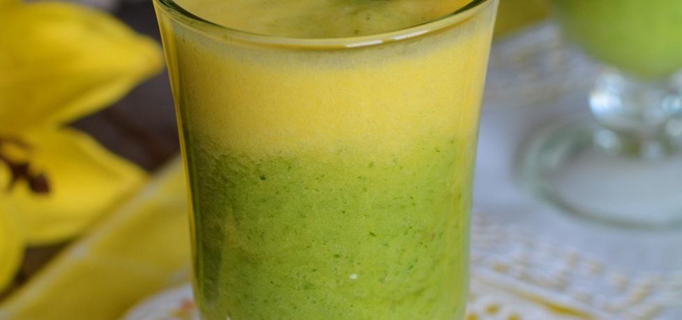 Koktajl ananasowo