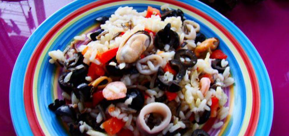 Owoce morza z ryżem i oliwkami (autor: iwa643)