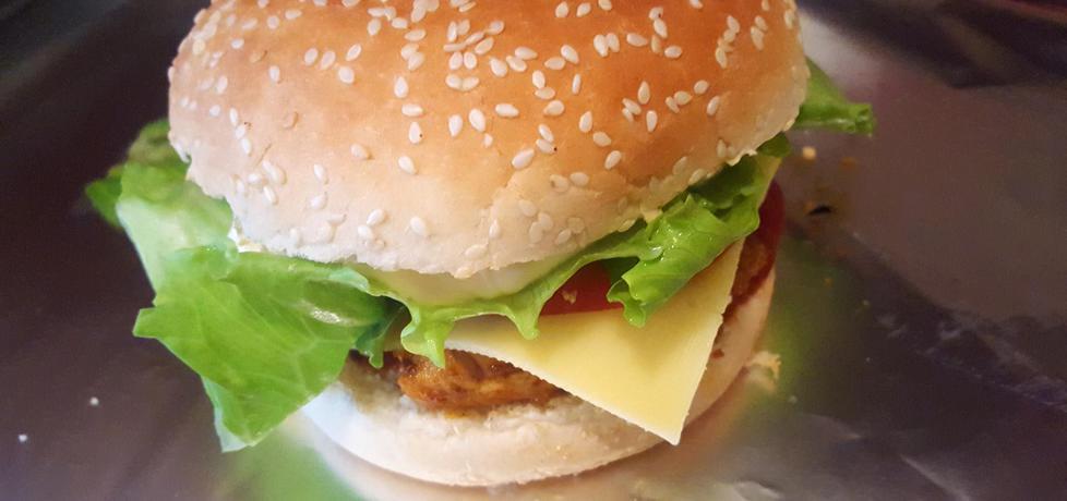 Burger z grillowaną, pikantną piersią z indyka (autor: bertpvd ...