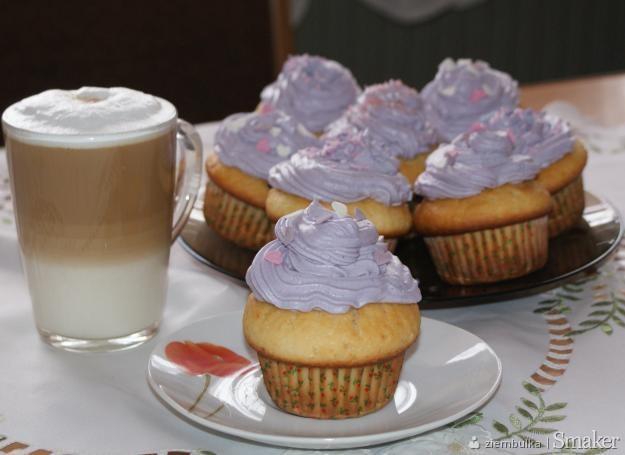 Podwójnie jagodowe muffinki ;)