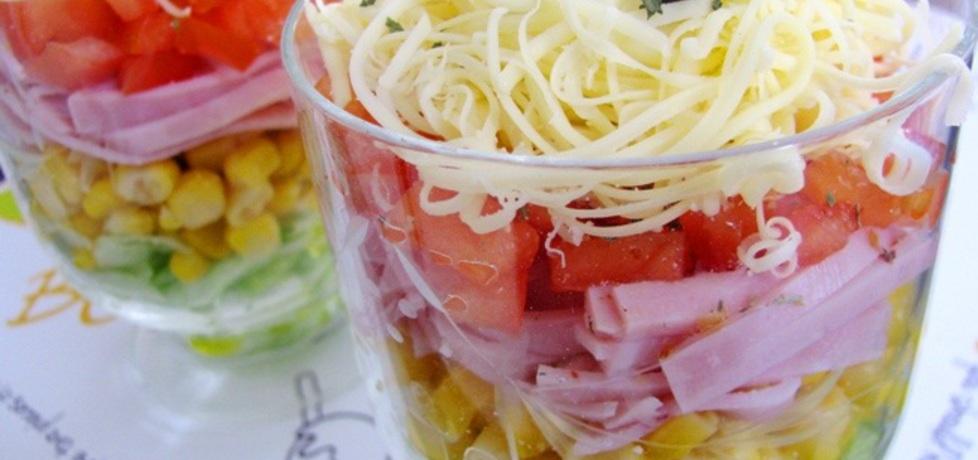 Kolorowa sałatka warstwowa w pucharkach (autor: panimisiowa ...