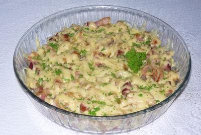 Ziemniaki zapiekane z boczkiem i serem
