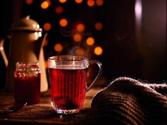 Rozgrzewająca herbata malinowa