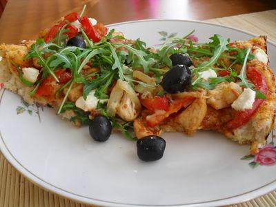 Pizza w stylu greckim
