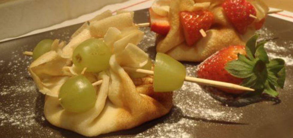 Sakiewki naleśnikowe z owocami (autor: magula)