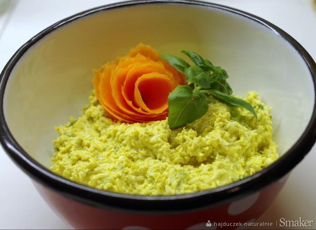 Pasta z sera żółtego i jajek – na kanapki