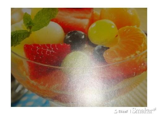 Słoneczna sałatka owocowa.