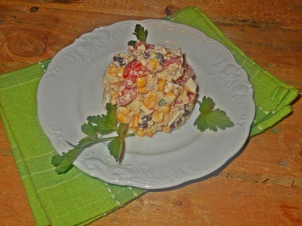 Przepis  sałatka z kaszą kuskus i jajkiem przepis