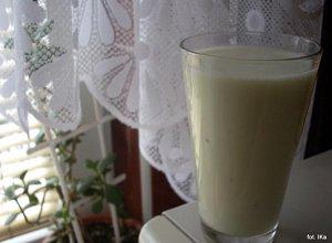 Koktajl z kiwi i bananem  prosty przepis i składniki