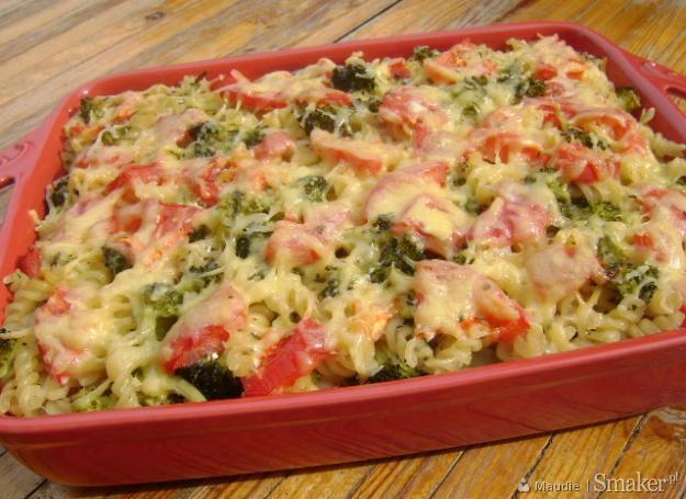Zapiekanka z brokułami i pomidorami