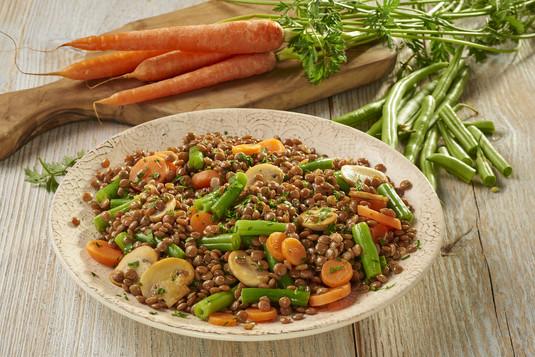 Sałatka z soczewicy z warzywami
