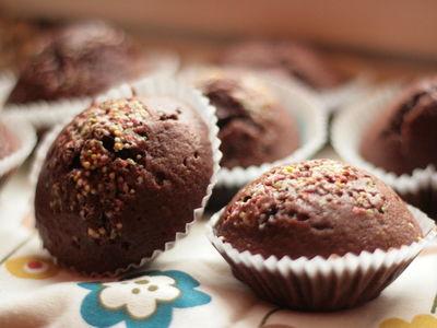 Czekoladowe muffiny z masłem orzechowym