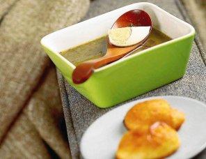 Zielona zupa z wiatruszkami  prosty przepis i składniki