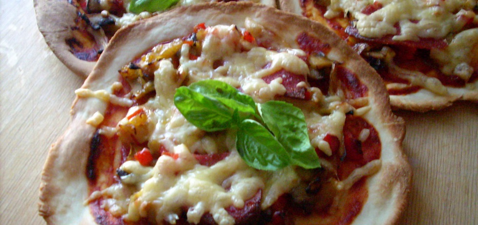 Domowe pizzerinki (autor: noninka77)