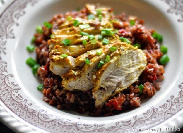 Pierś z kurczaka z czerwonym ryżem