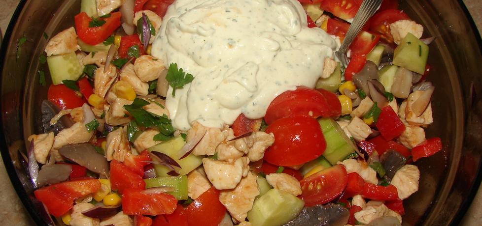Sałatka z pomidorkami w sosie czosnkowym (autor: motorek ...