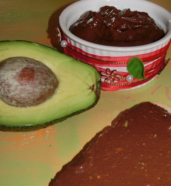 Przepis  krem czekoladowy z avocado i chili przepis