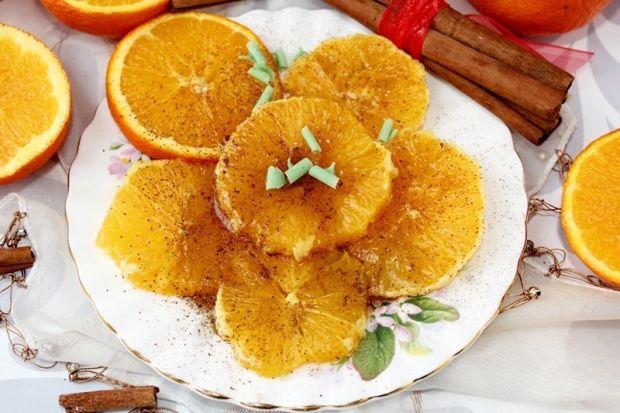 Przepis  pomarańcze z miodem i cynamonem