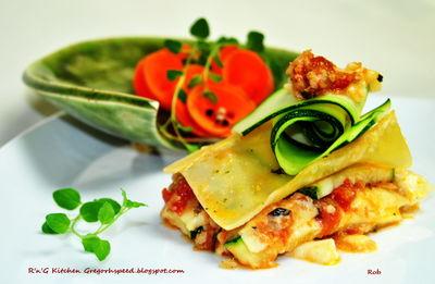 Lasagne z mielonym mięsem drobiowym