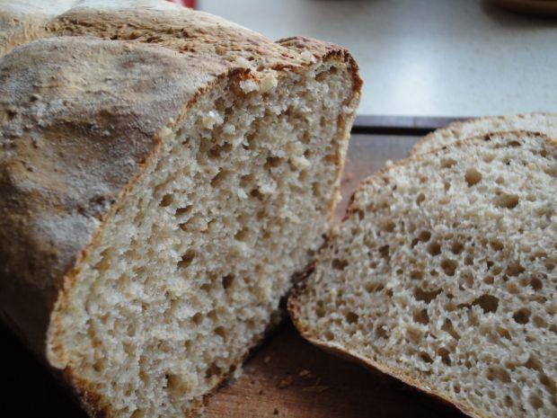 Przepis  prosty chleb na żytnim zakwasie przepis