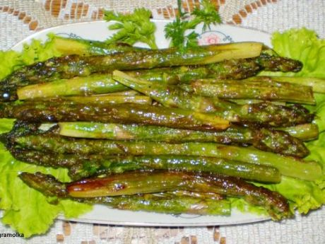 Przepis  zielone szparagi smażone na maśle : przepis