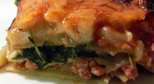 Lasagne z mięsem i szpinakiem