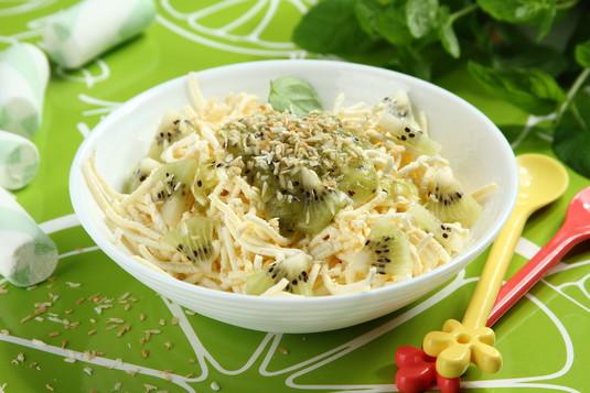 Lodowe spaghetti waniliowe z kiwi