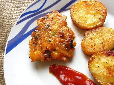 Placuszki z kurczaka z serem i pieczarkami.