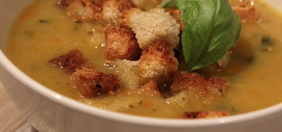 Zupa z czerwoną soczewicą i grzankami (autor: pyszota ...