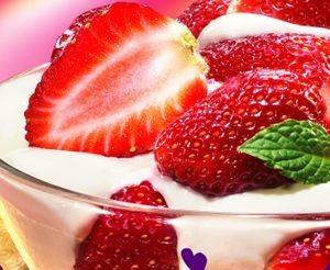Deser owocowy z lodami