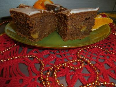 Korzenne ciasto z pomarańczą
