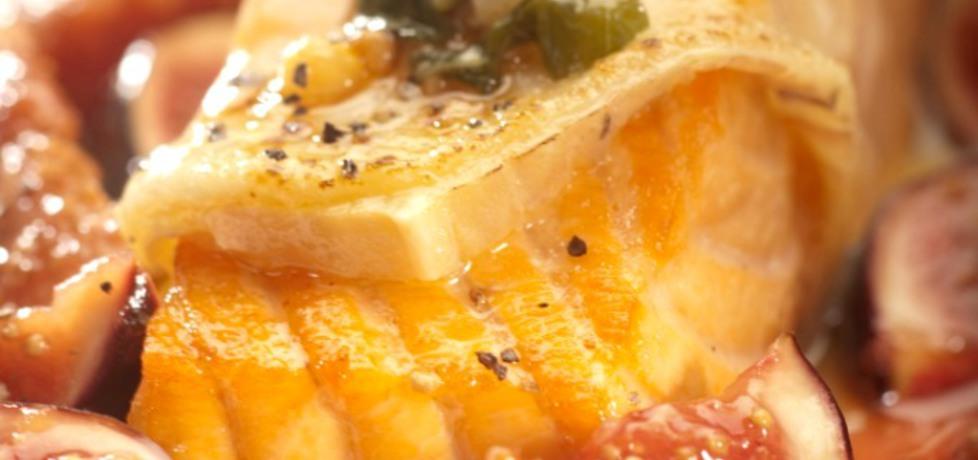 Łosoś norweski zapiekany z serem taleggio, figami i sosem balsamico