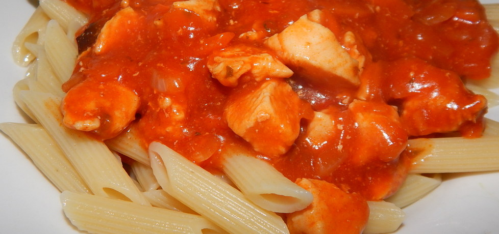 Penne w sosie pomidorowym z kurczakiem (autor: habibi ...