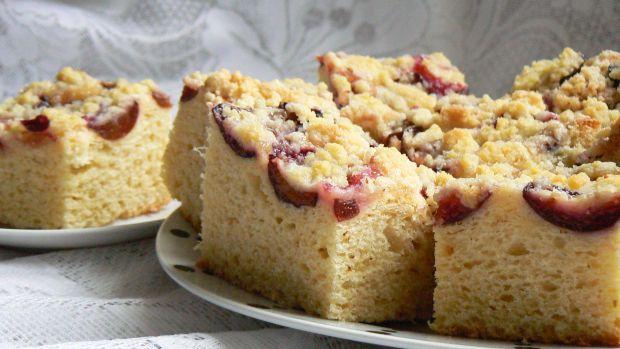 Przepis  ciasto drożdżowe z owocami przepis