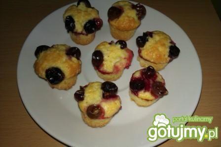Przepis  mini muffinki jogurtowe z winogronem przepis