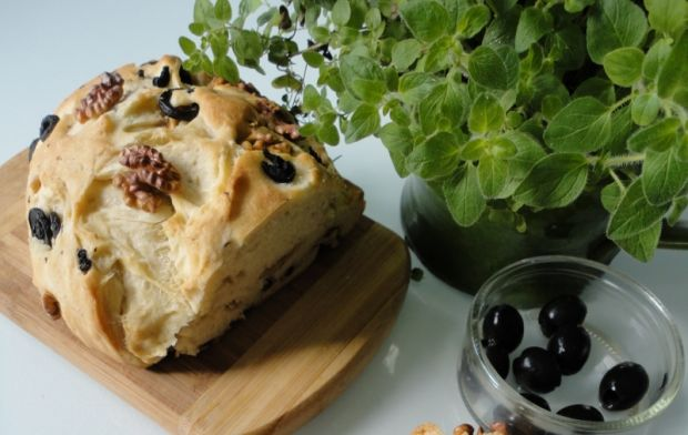 Przepis  chleb z oliwkami i orzechami przepis
